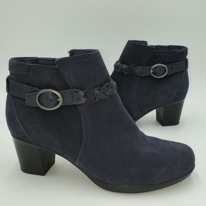 Clarks Benables Ankle Booties